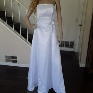 New white formal wedding prom party dress
